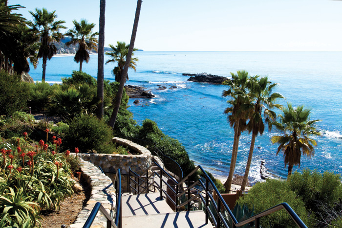 8 Garden Parks in Laguna Beach Perfect For Taking a Summer Stroll