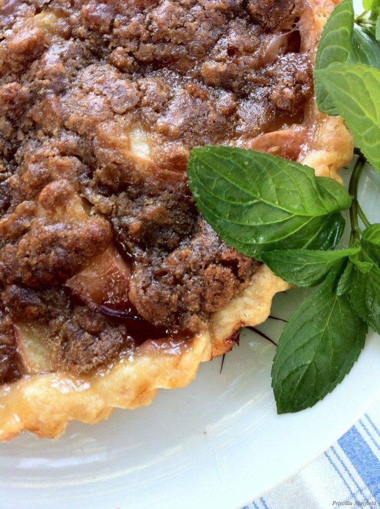 Post-holiday brief—strawb froz yog and a peach tart