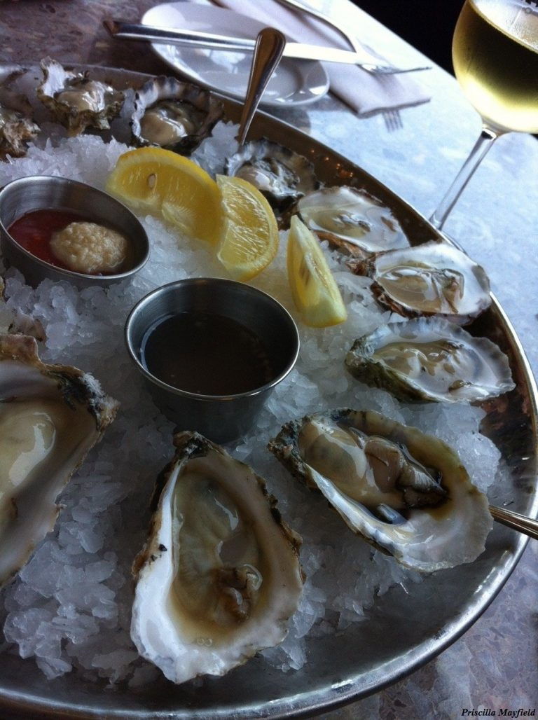 Late Lunch Special: Oysters at Santa Monica Seafood