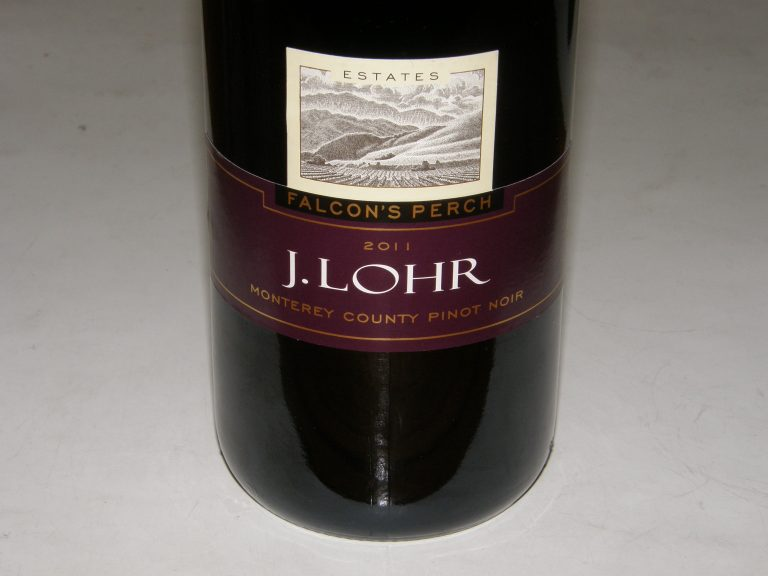 Must-Try Wine of the Week: 2011 J. Lohr Estates Falcon's Perch Monterey County Pinot Noir