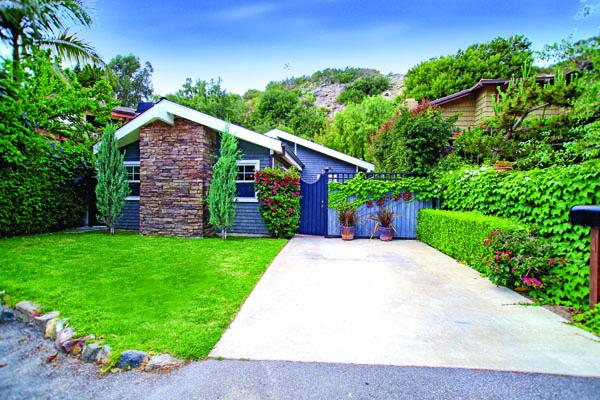 Laguna Canyon: $960,000