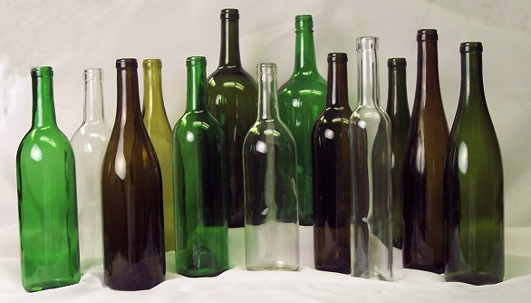 All About the Size, Shape, and Dimple of Wine Bottles