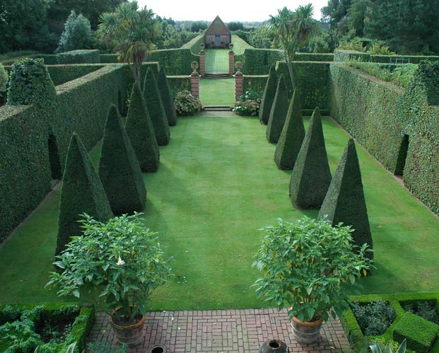 Escaping June Gloom with English Garden Tours