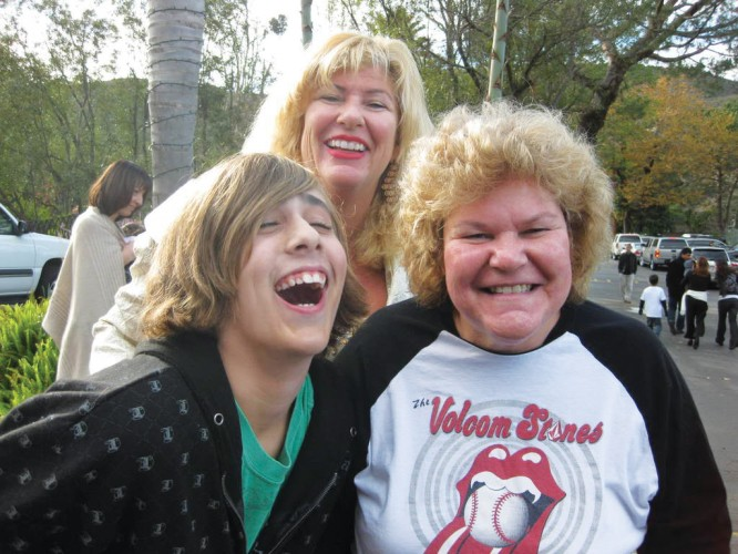 Ashton with his mom and Aunt Lesley, when he was about 14.