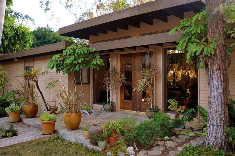 On the Market: Anaheim Hills Minimalist Modern