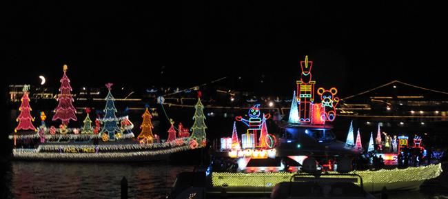 Christmas Boat Parade Newport Beach.Newport Beach Christmas Boat Parade