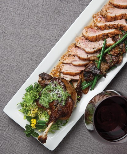 Sauteed duck breast and leg confit with Perigord potatoes