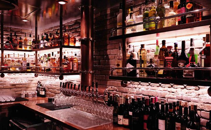 Five Crowns bar Corona Del Mar
