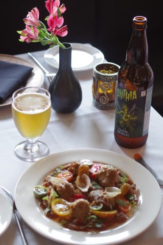 The Clay Oven - Creative Indian Cuisine and Unsung Brewing's Anthia IPA - Photo - Nagel