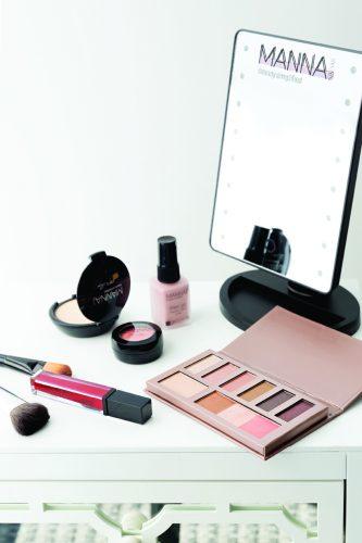 Manna Kadar makeup
