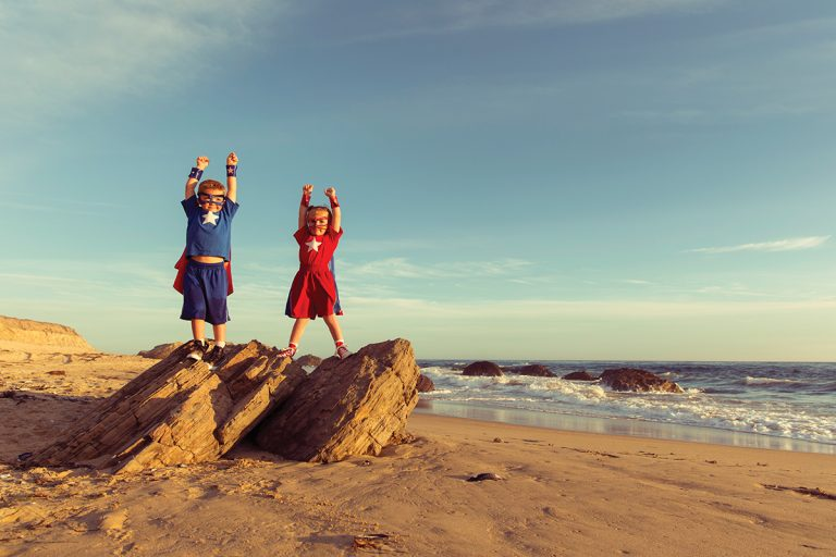 Super Fun Things to Do With Your Kids This Summer!
