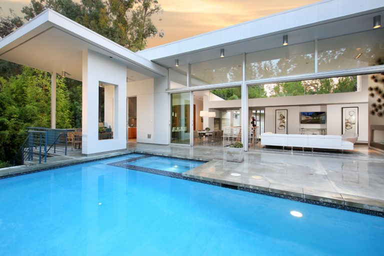 This $3.9 Million Modern Home in North Tustin is the Epitome of Quiet Serene Living in O.C.