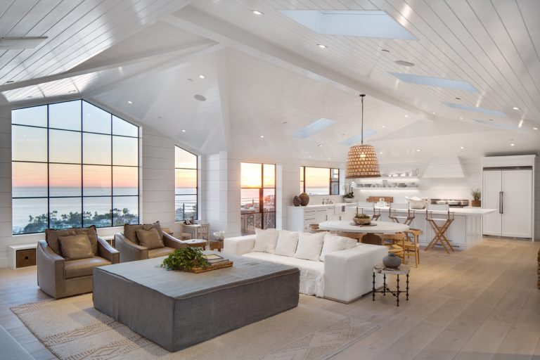 Laguna Beach Remodel Exemplifies the Dramatic Impact of White