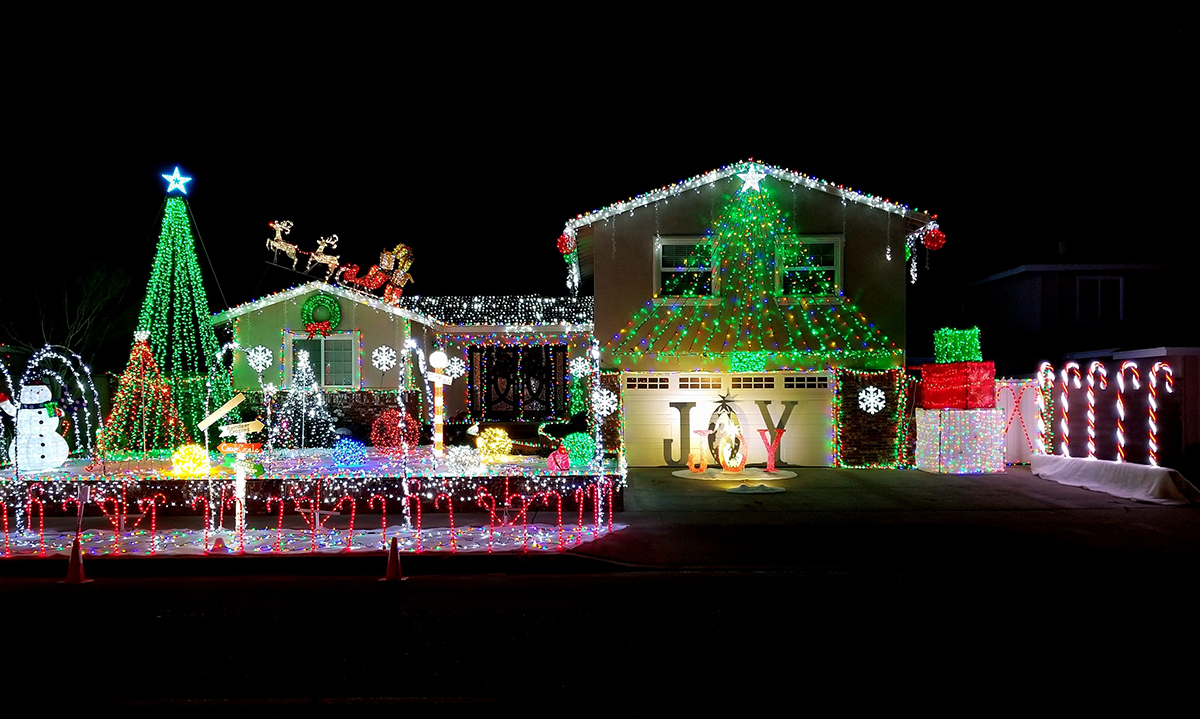 Christmas Light Displays.Where To See Some Of The Best Christmas Light Displays In O C
