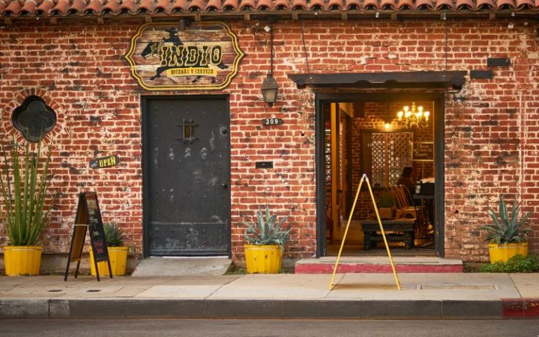 Discover Mexican Craft Beer at This New Beer Bar