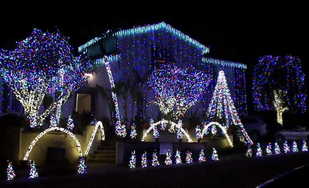 many of the homes on nellie gail road and surrounding streets do elaborate displays that light up the neighborhood free nellie gail road laguna hills