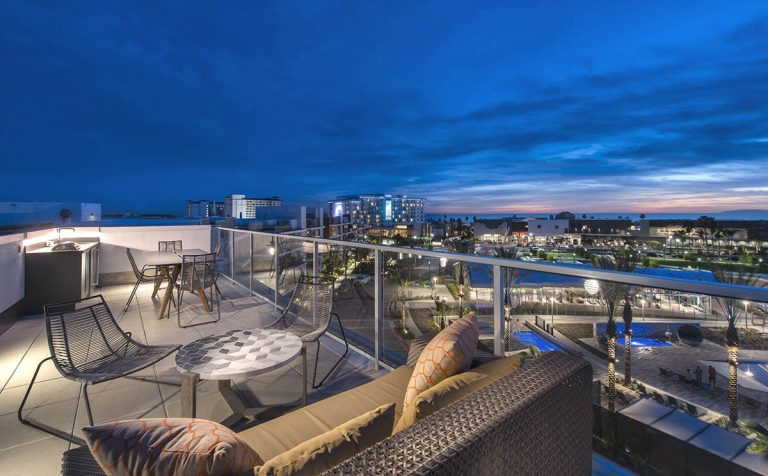 Pacific City Residences Lets You Lease the California Dream