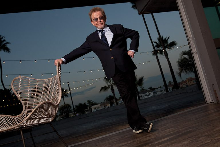 Hall of Fame Songwriter Paul Williams Finds Relaxation in Orange County