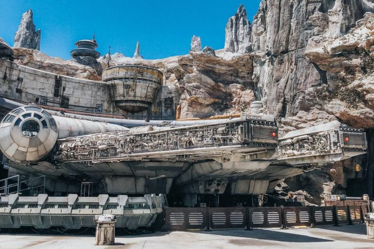 5 Things We Love About Star Wars: Galaxy's Edge And Top Tips On Navigating the Land