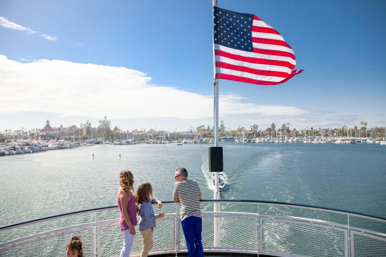 Summer Music and Dining Cruises Aboard Hornblower