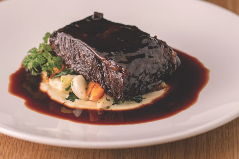 Bites: Sublime Beef Short Rib, and a Smoky Cocktail