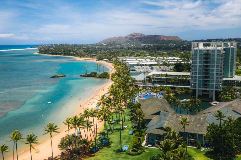 Hawaii's Luxurious Getaway