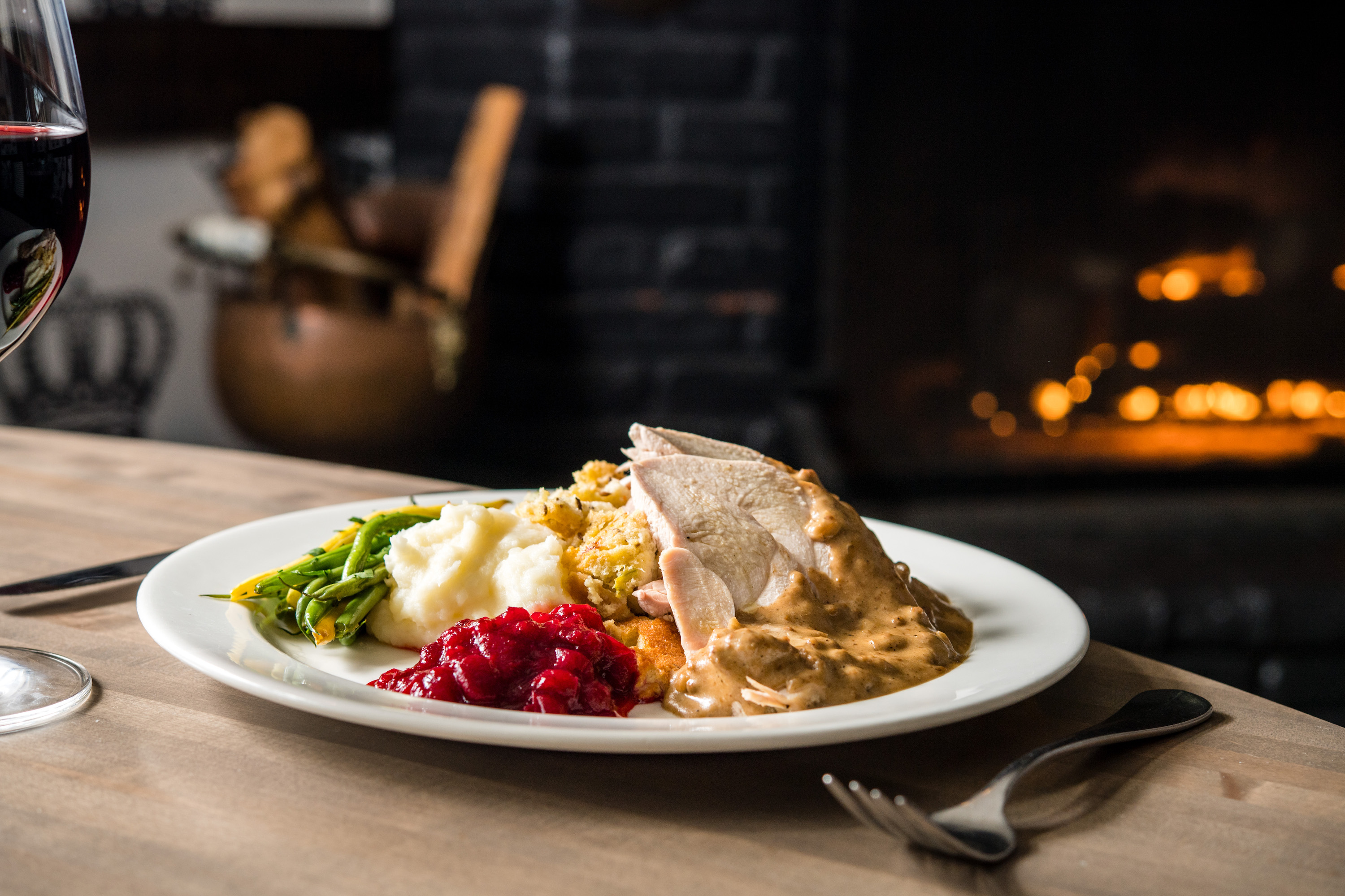 Five Crowns Presents A Special Thanksgiving Day Dinner