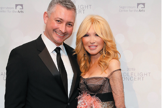 46th Candlelight Concert Holiday Gala Raises Funds For Segerstrom Center for the Arts