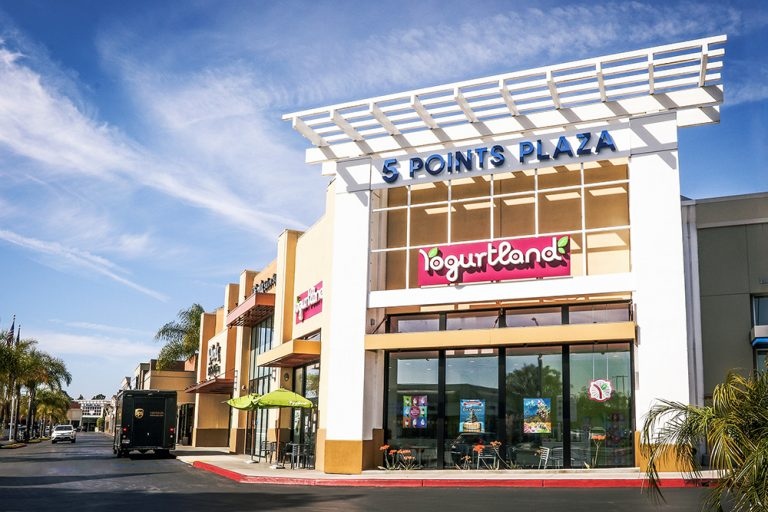 Businesses at 5 Points Plaza in Huntington Beach are Open and Serving the Community