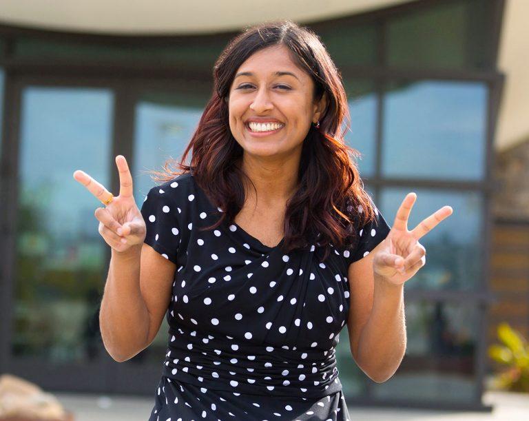 Irvine Stand-Up Comedian Zara Khan Organizes Online Comedy Show