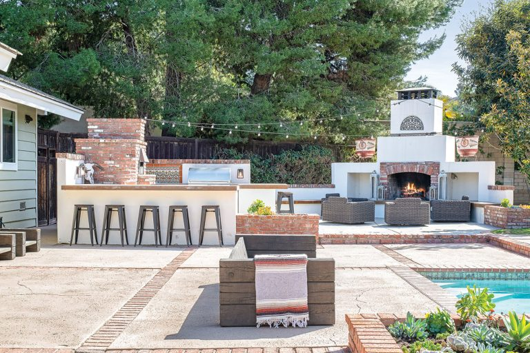 On The Market: A Laguna Hills Property With an Outdoor Kitchen