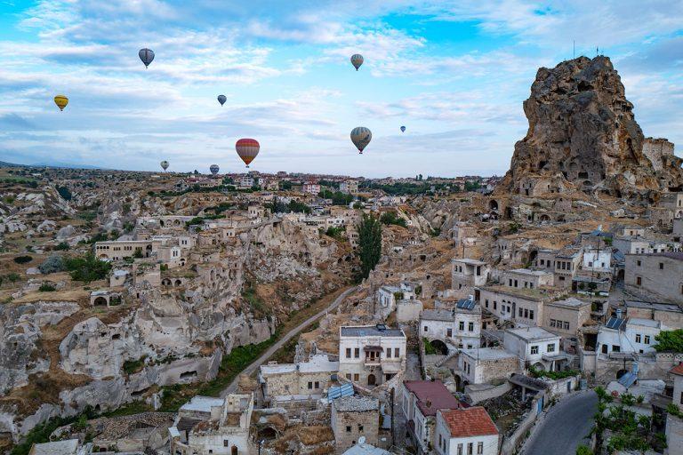 Perfect Getaway: Otherworldly Scenes in Cappadocia, Turkey