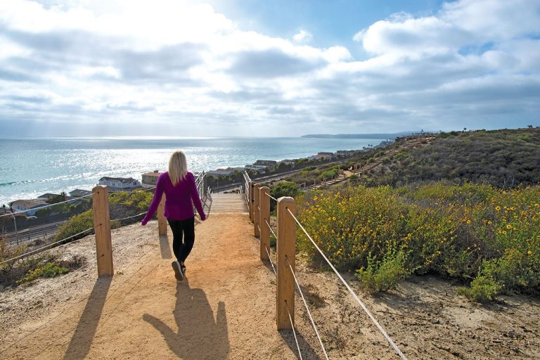 4 Coastal Trails to Explore in Orange County