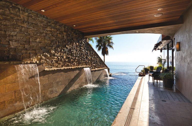 On The Market: A Laguna Beach Property With an Infinity Pool