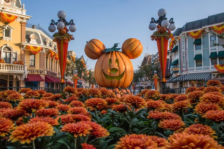 A Guide to Halloween Time at Disneyland